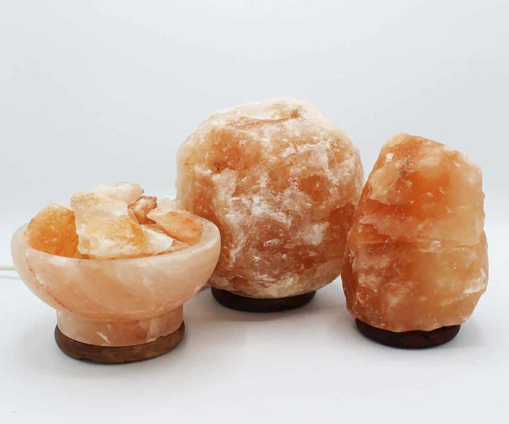 Ideal Places To Display Himalayan Rock Salt Lamps To Get Health Benefits