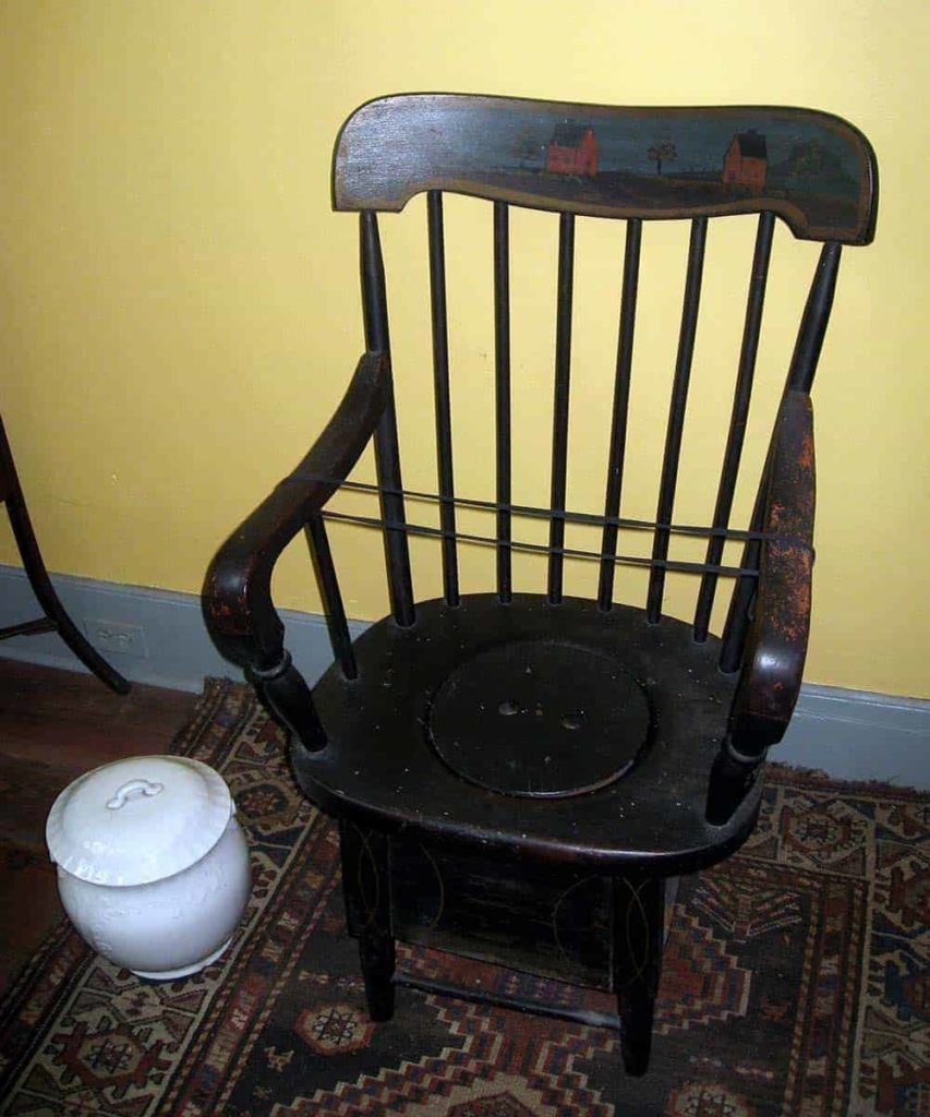 What Is A Commode Chair And What Are The Benefits Of It