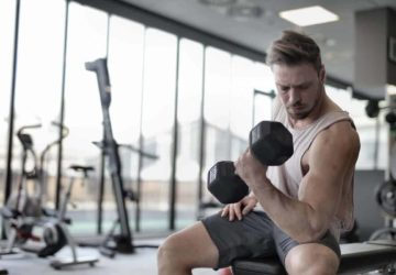How To Properly Use Dumbbells To Build Muscle Strength